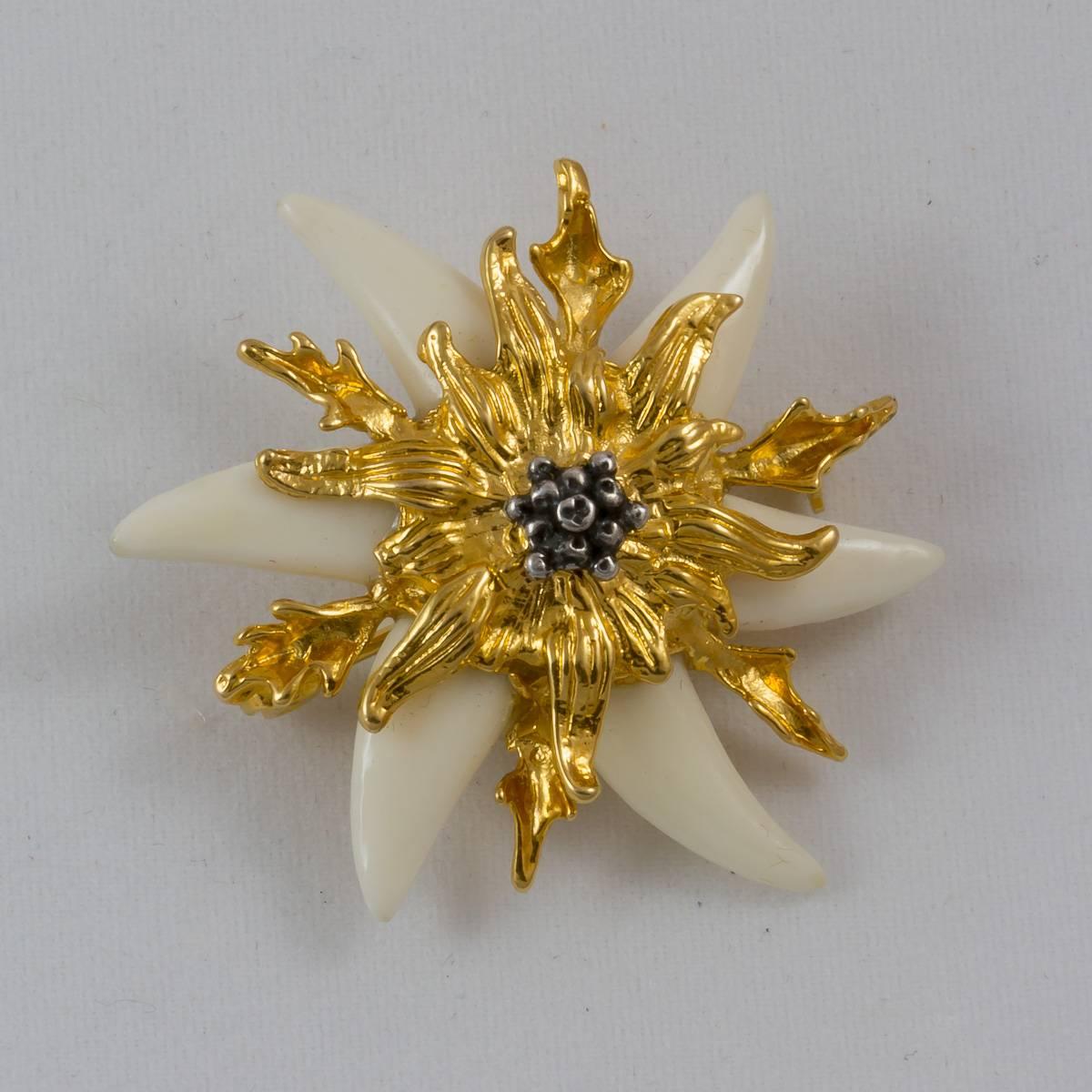 Fuchshaken-Silberdistel, Brosche, vergoldet