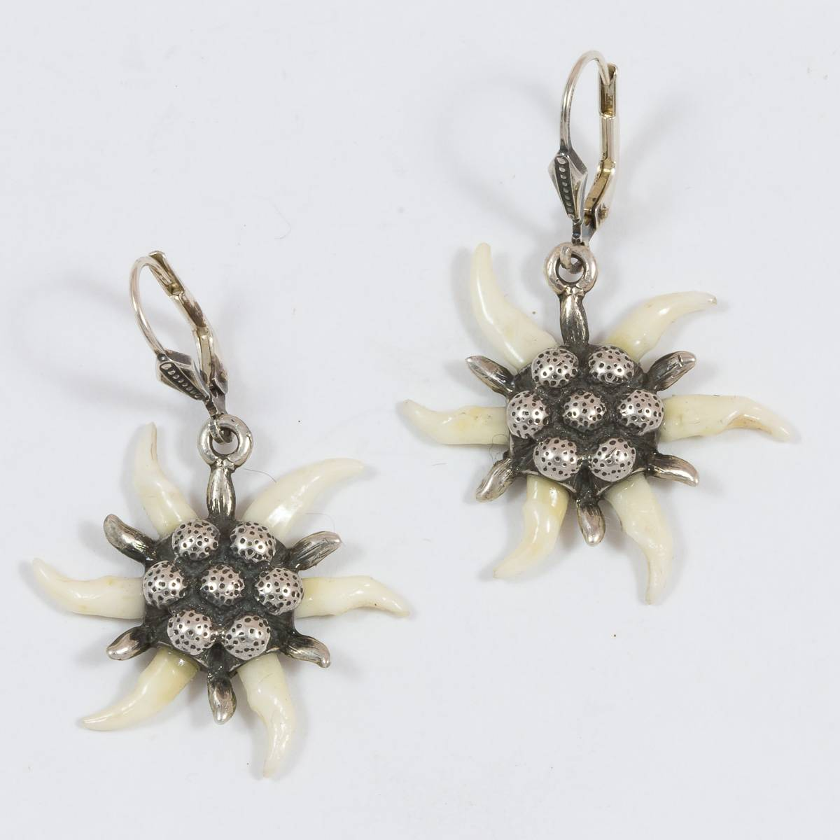 Marder-Edelweiss-Ohrhänger (-stecker)